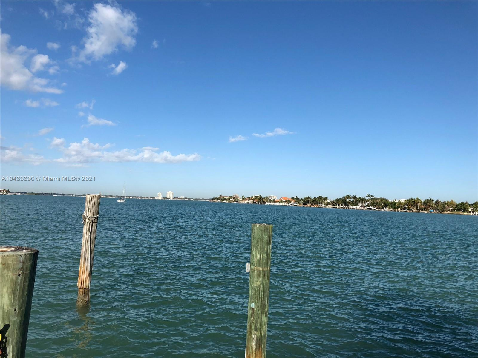 1215 N Biscayne Point Rd photo015