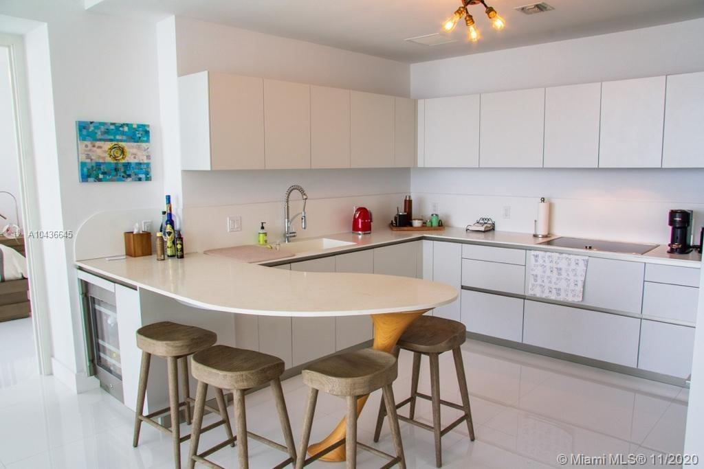 16901 COLLINS AVE #904 photo056