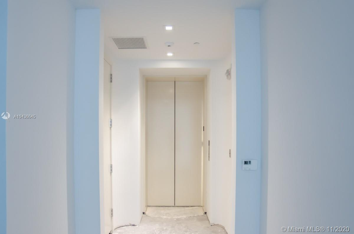 16901 COLLINS AVE #904 photo017