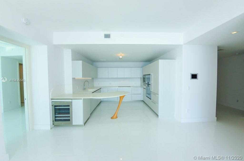 16901 COLLINS AVE #904 photo024
