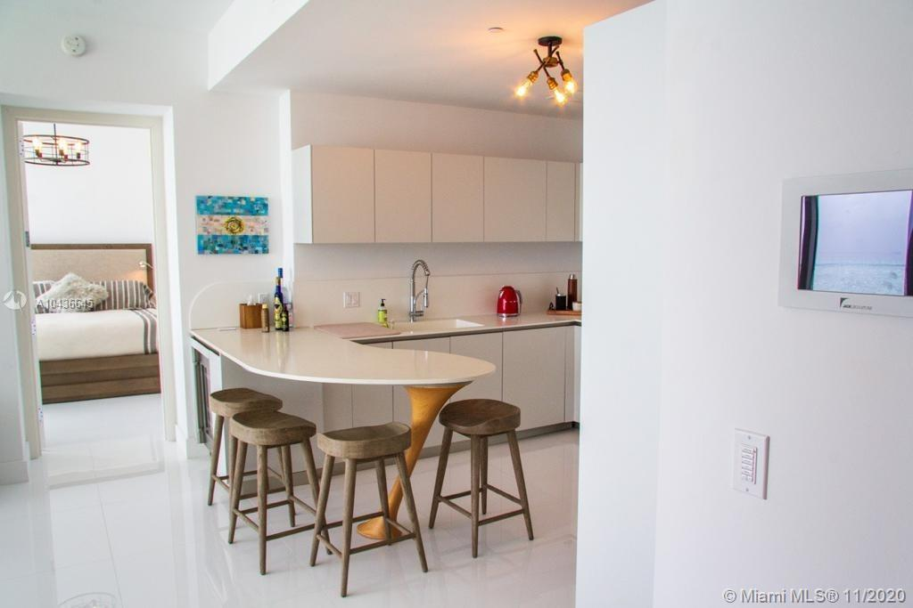 16901 COLLINS AVE #904 photo055