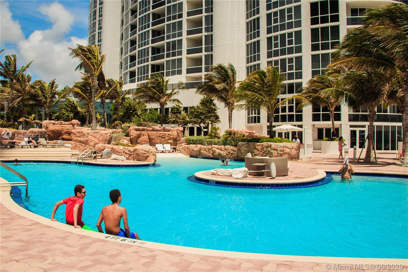 18201 Collins Ave #601A photo022