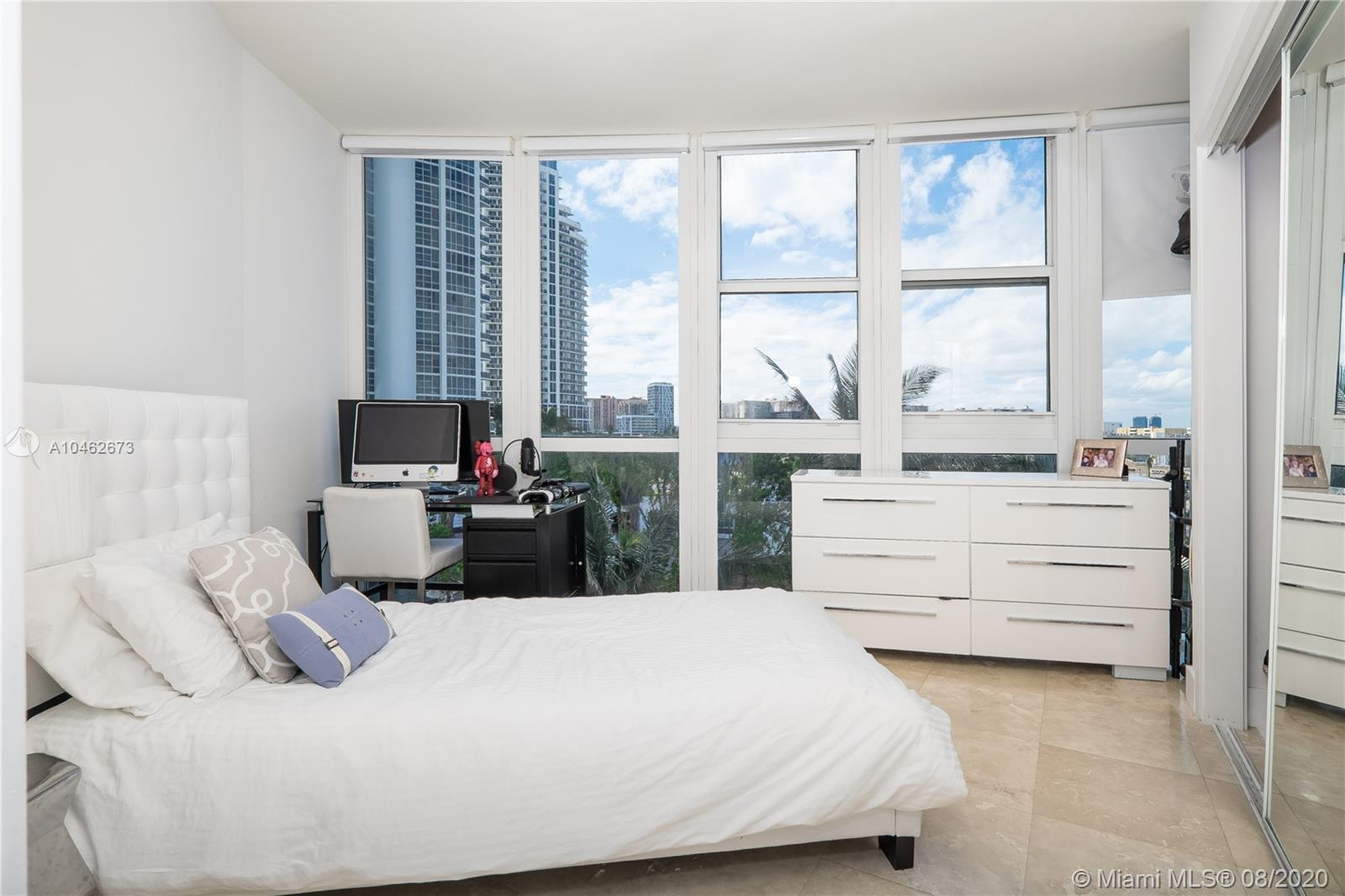 18201 Collins Ave #601A photo010