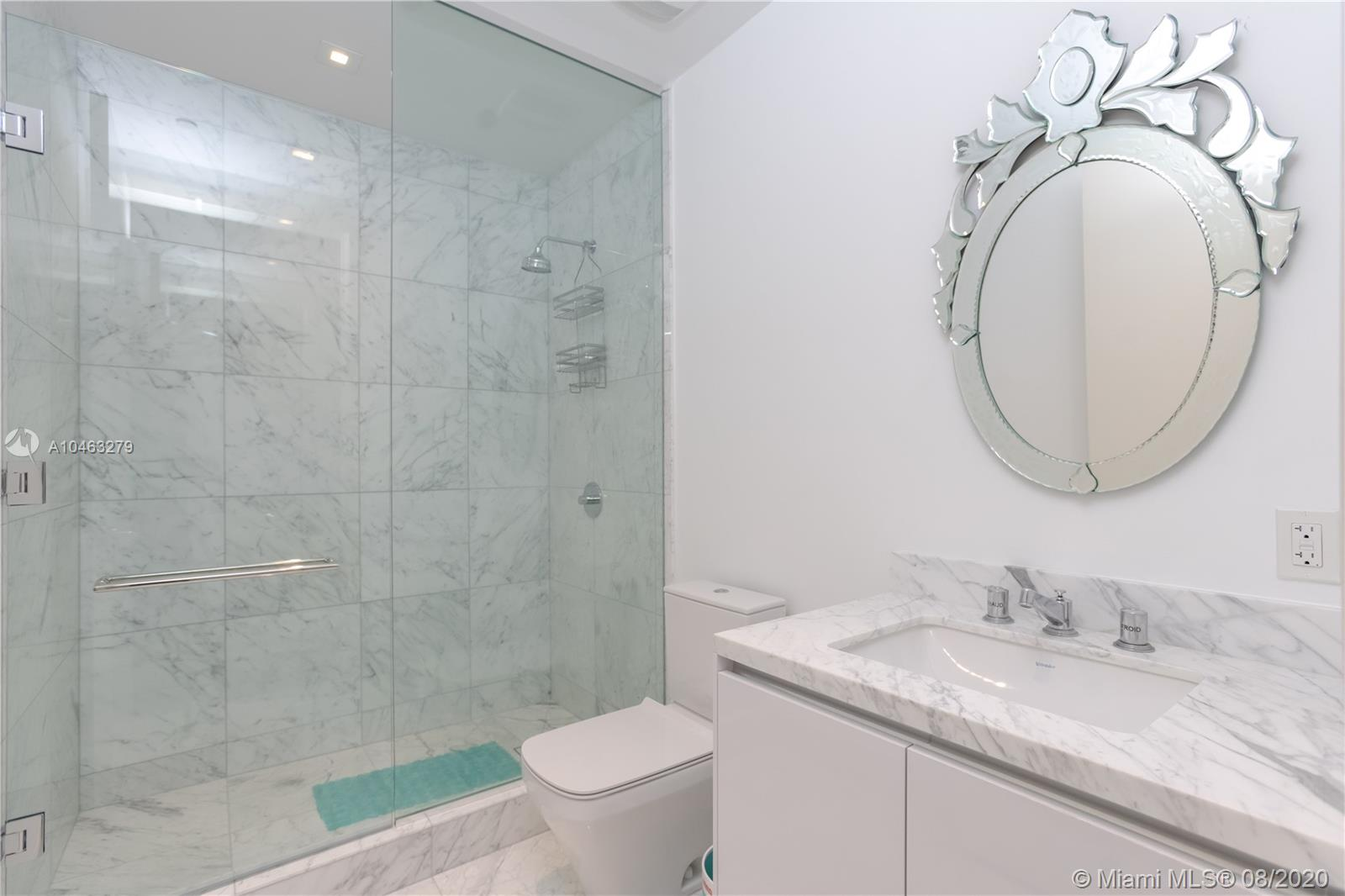 16901 Collins Ave #604 photo016