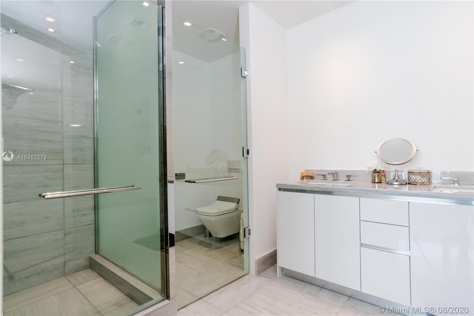 16901 Collins Ave #604 photo025