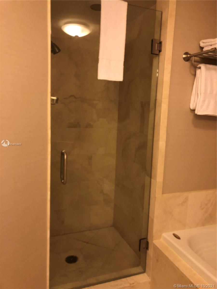 Property 4401 Collins Ave #1612 image 16