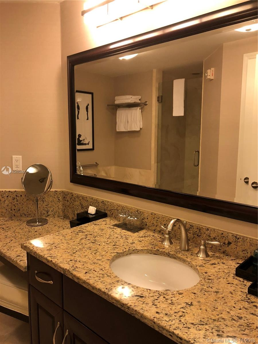Property 4401 Collins Ave #1612 image 15