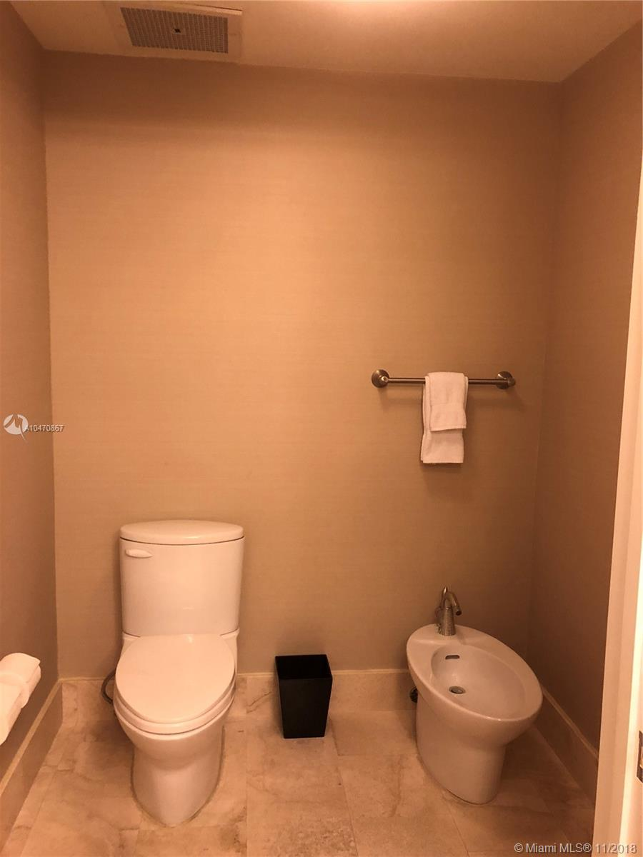 Property 4401 Collins Ave #1612 image 17
