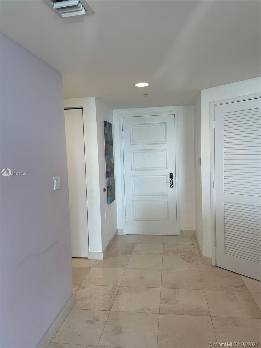 150 Sunny Isles Blvd #1-1105 photo044