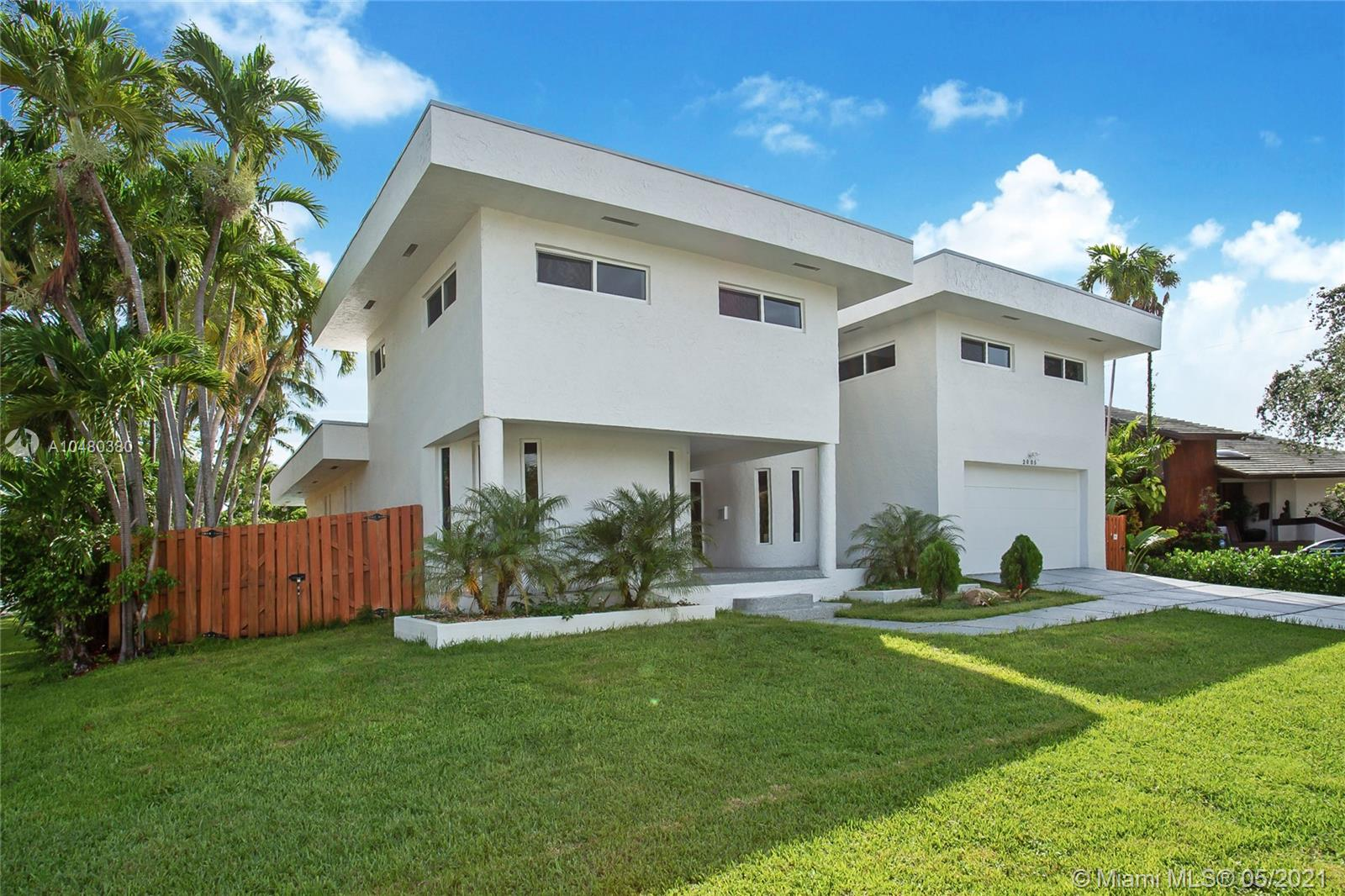 North Miami Beach - 2005 NE 120th Rd, North Miami, FL 33181