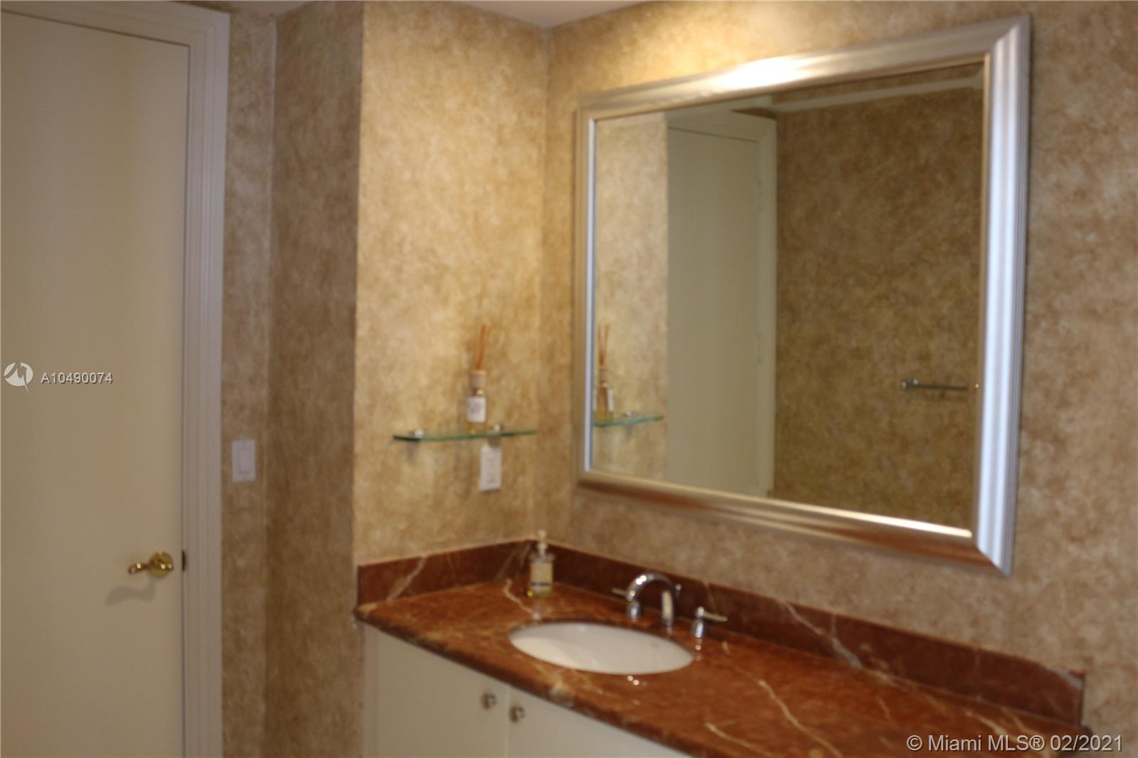 10225 Collins Ave #904 photo040