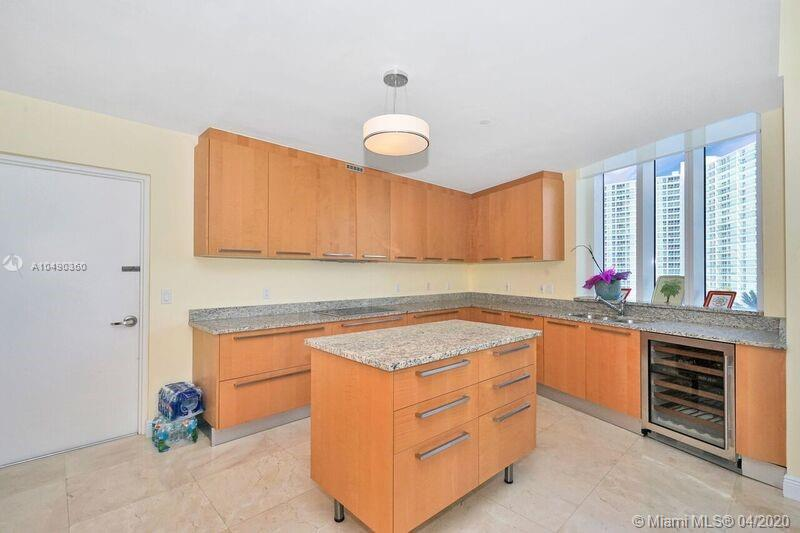 Property 15811 Collins Ave #404 image 11