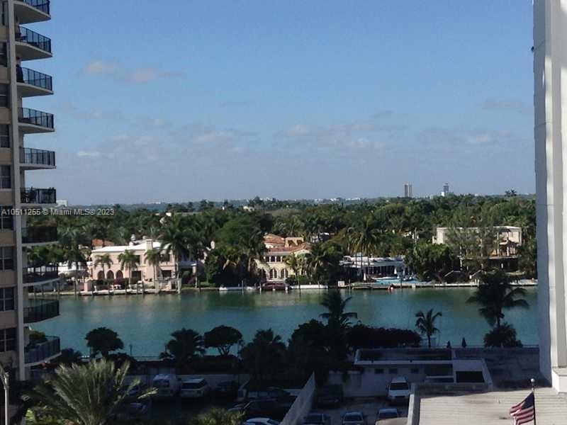 Arlen Beach #605 - 5701 Collins Ave #605, Miami Beach, FL 33140