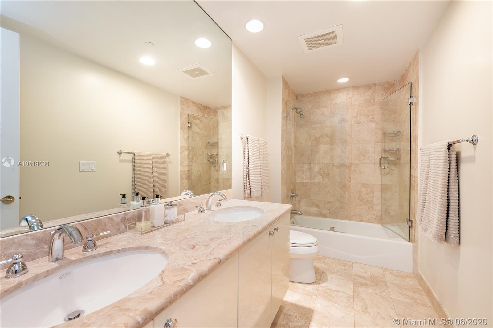 10225 Collins Ave #702 photo021