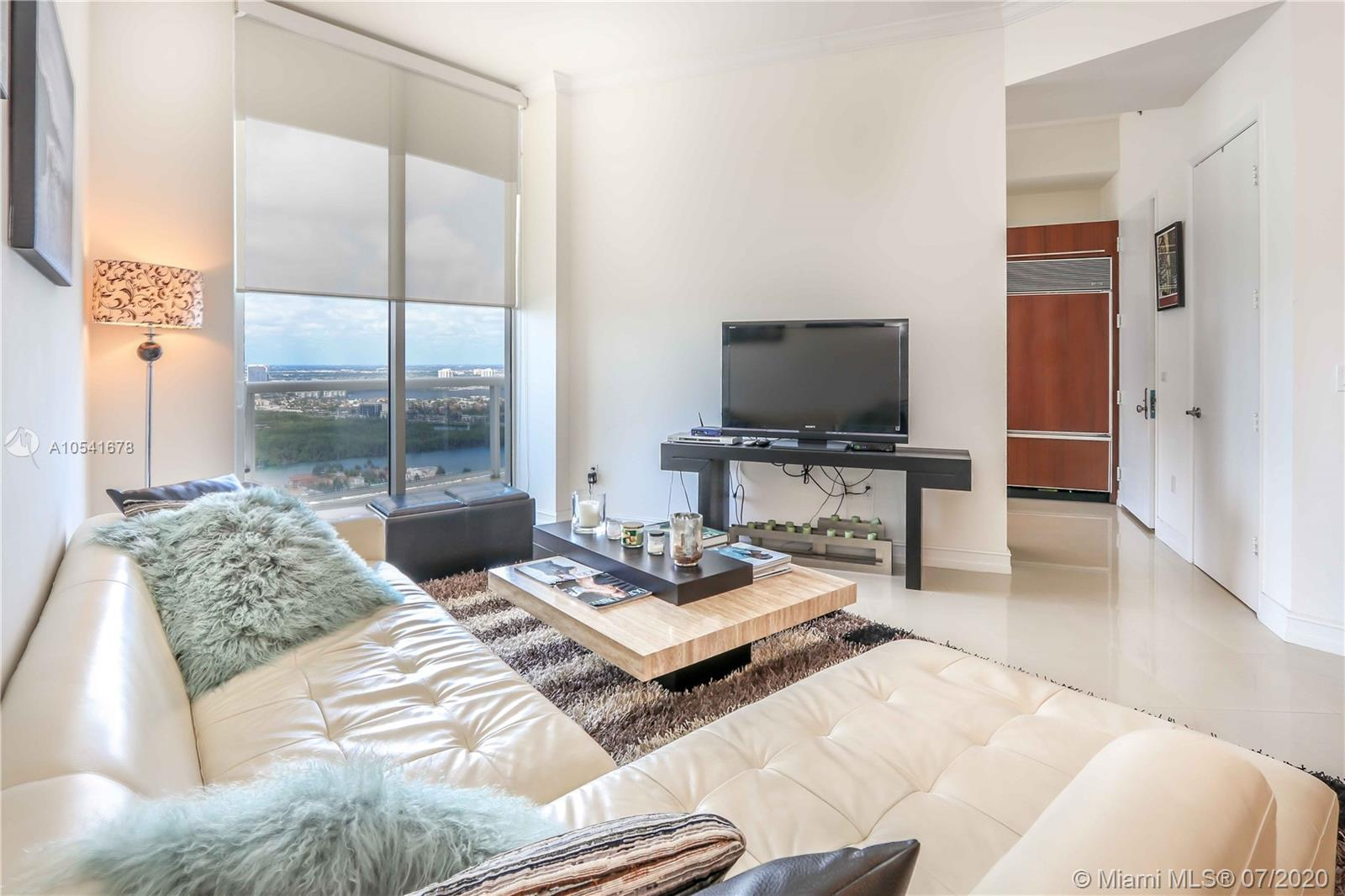 16001 Collins Ave #3605 photo08