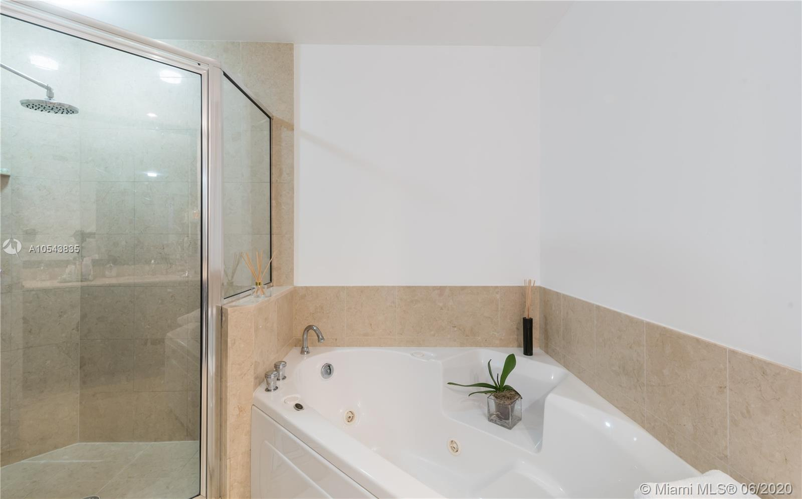 848 Brickell Key Dr #2901 photo020