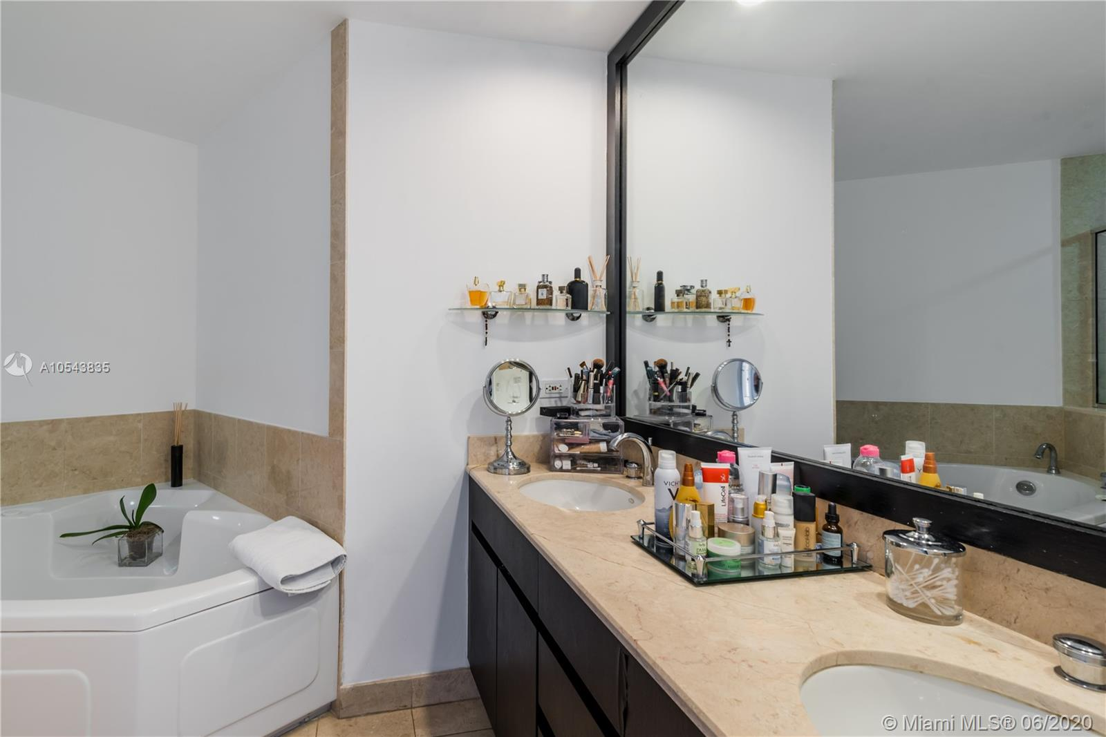 848 Brickell Key Dr #2901 photo019