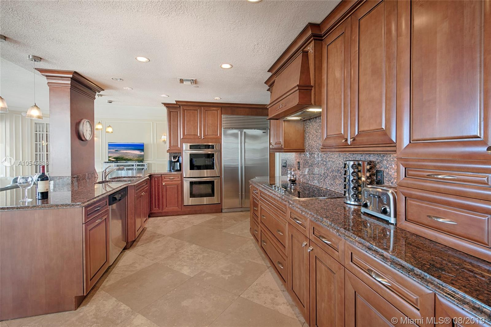 7942 Fisher Island Dr #7942 photo07