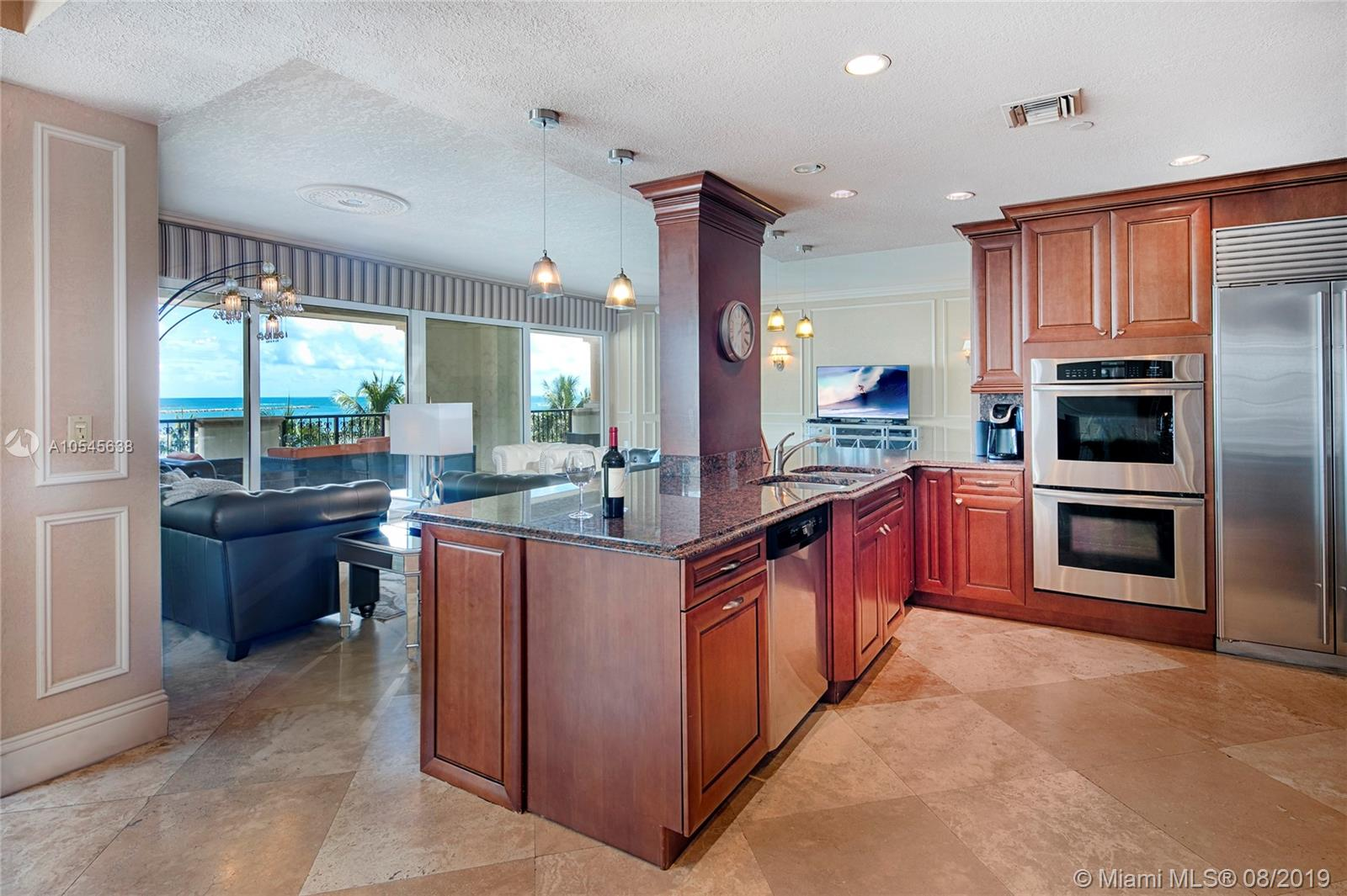 7942 Fisher Island Dr #7942 photo08