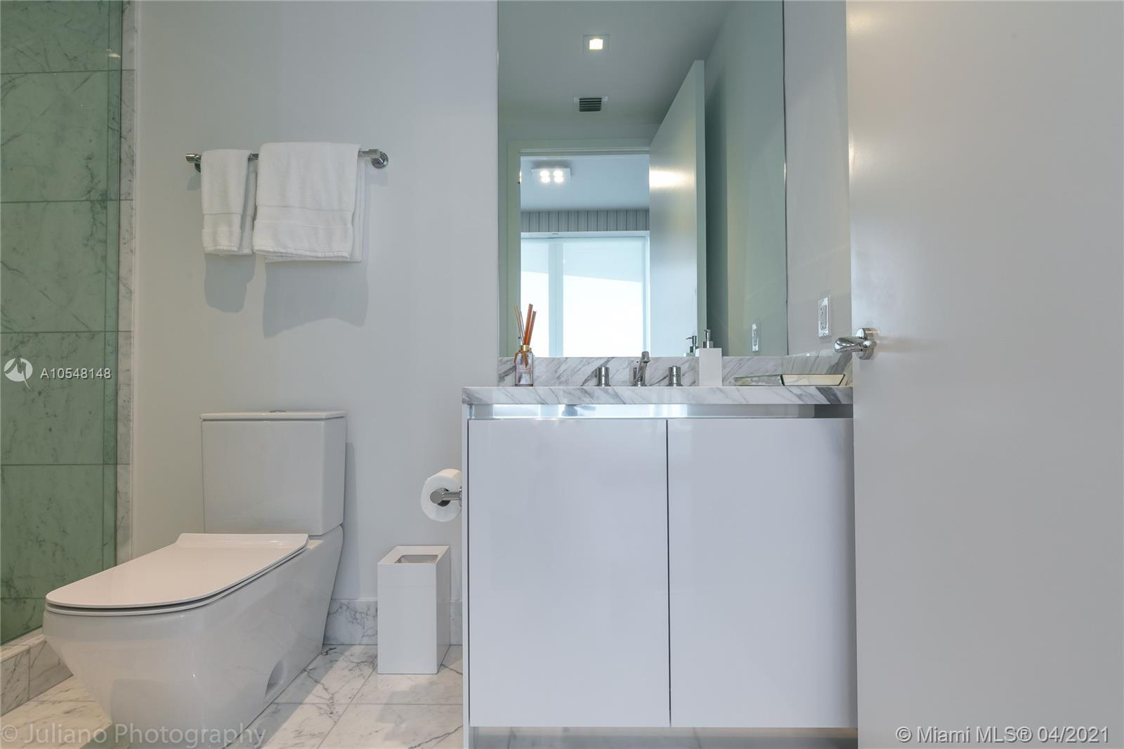 16901 Collins Ave #903 photo022