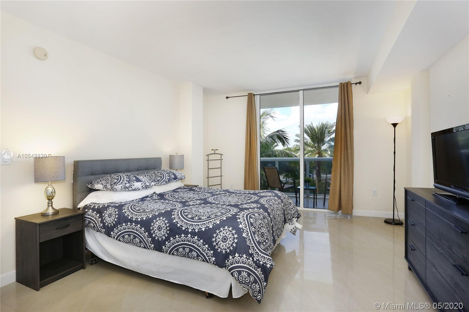 10275 Collins Ave #324 photo012
