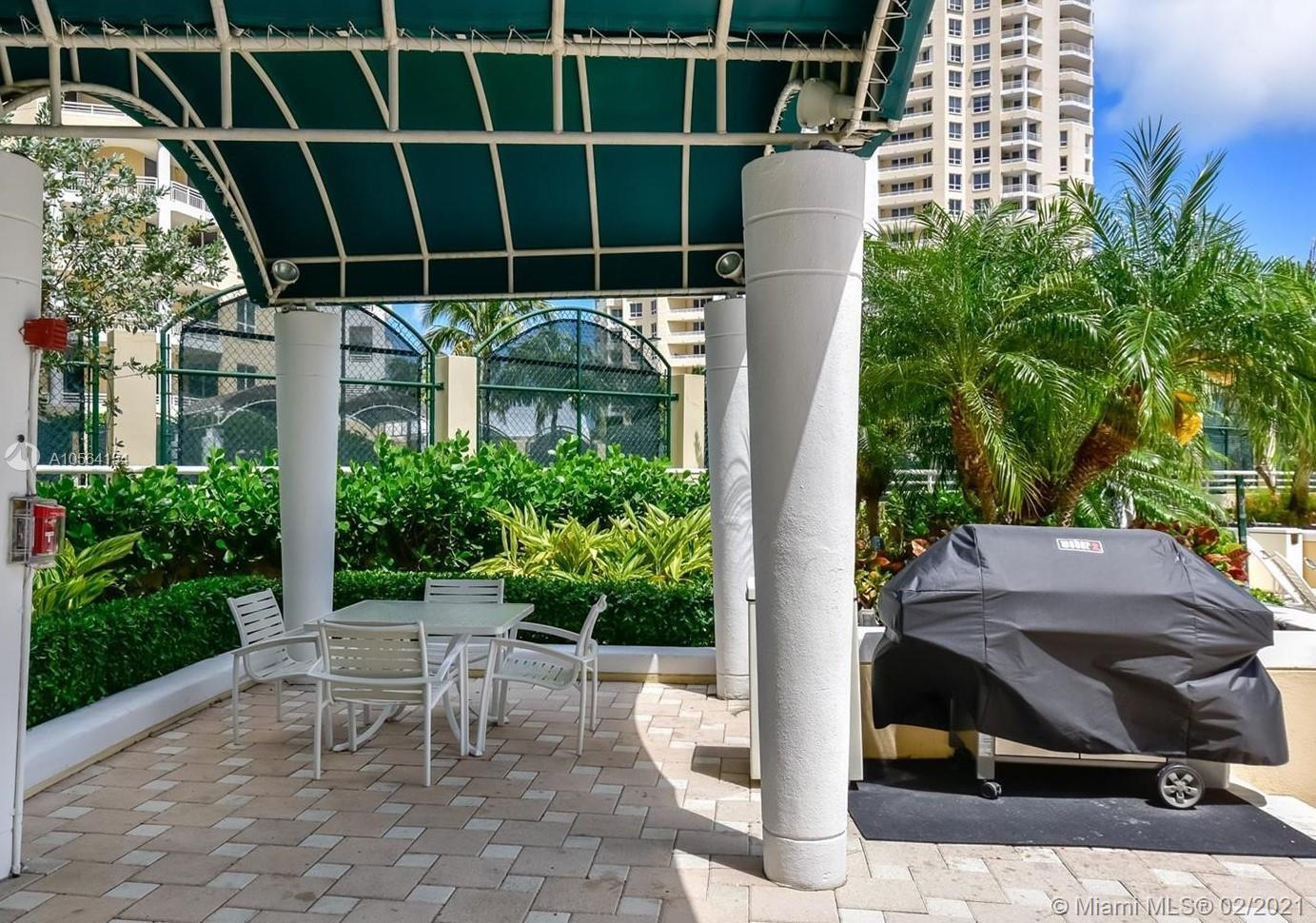 888 Brickell Key Dr #3007 photo016