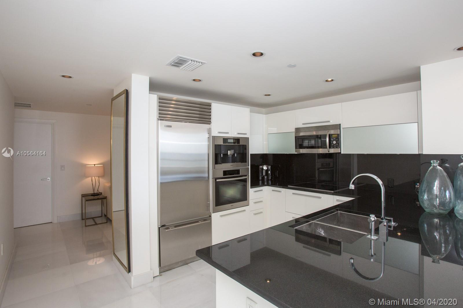17121 COLLINS AVE #807 photo05