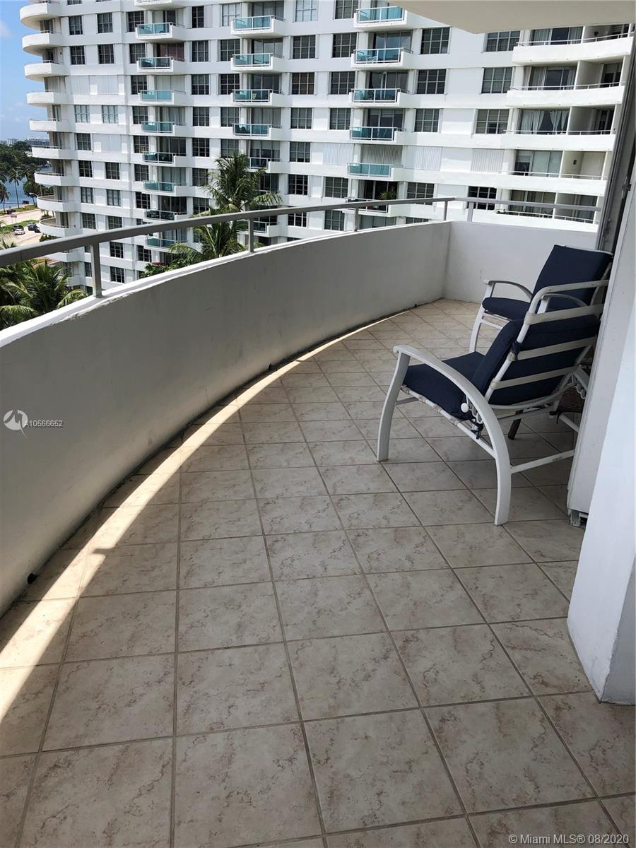 5151 Collins Ave #923 photo021