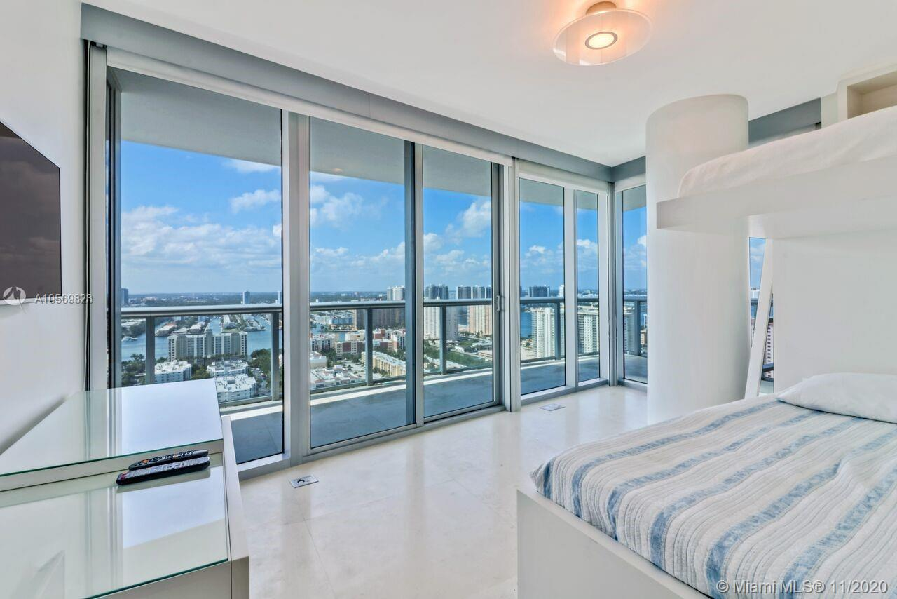 17001 Collins Ave #3108 photo09