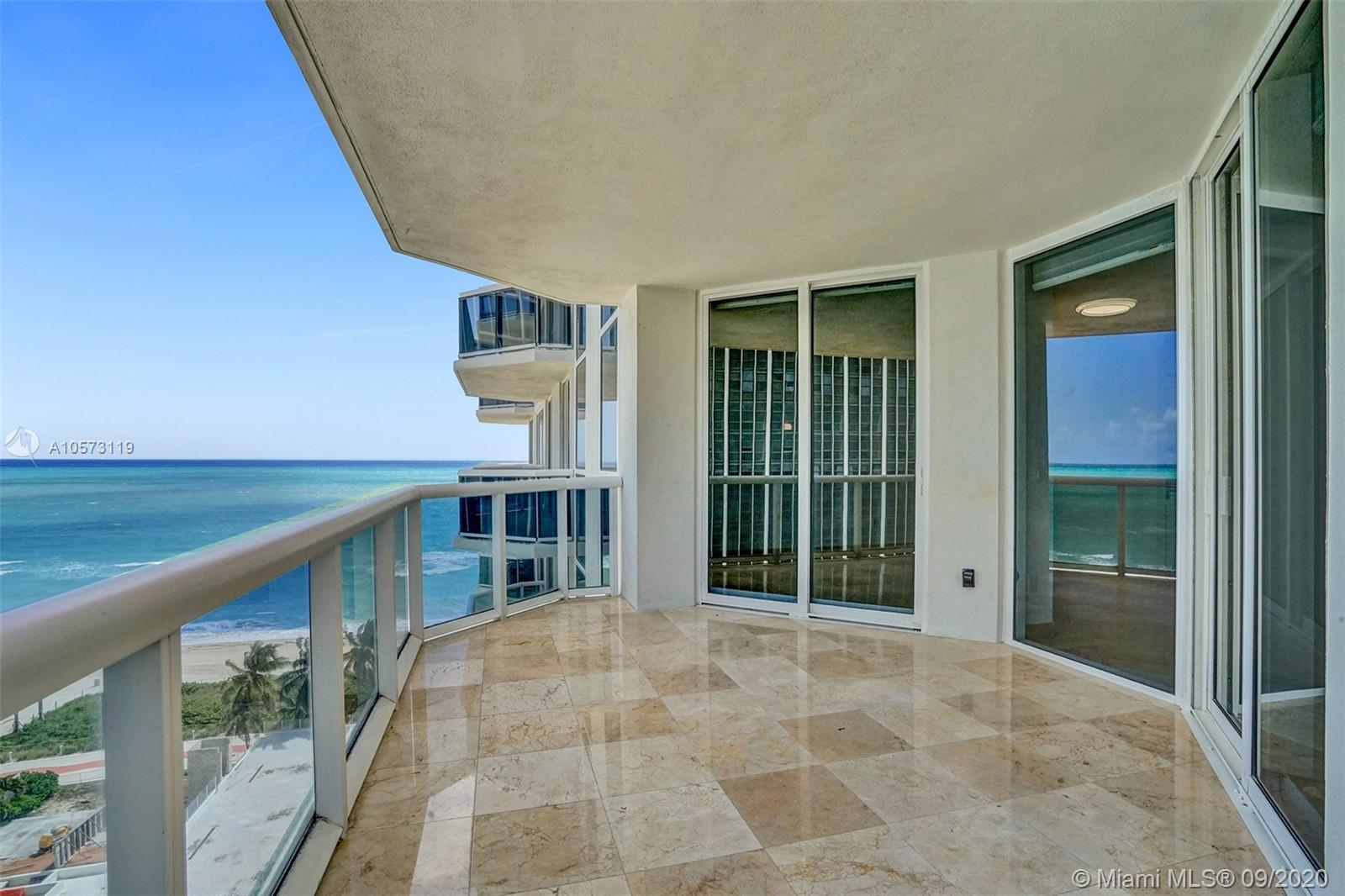 4779 Collins Ave #1208 photo02