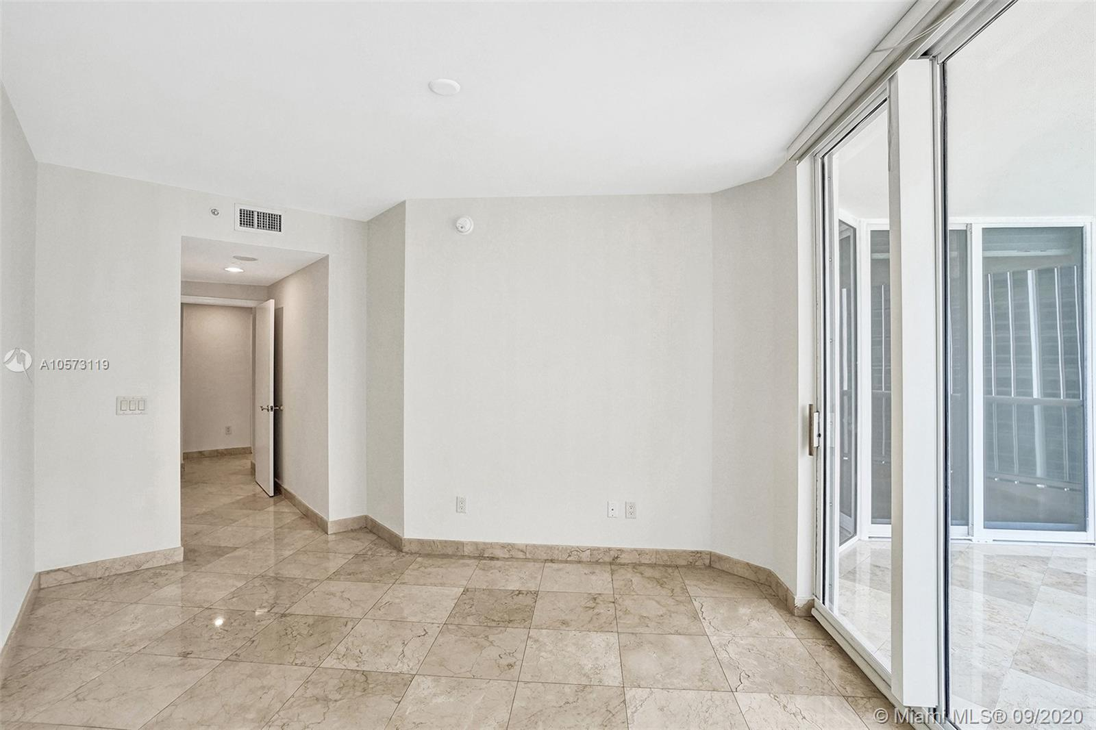 4779 Collins Ave #1208 photo037