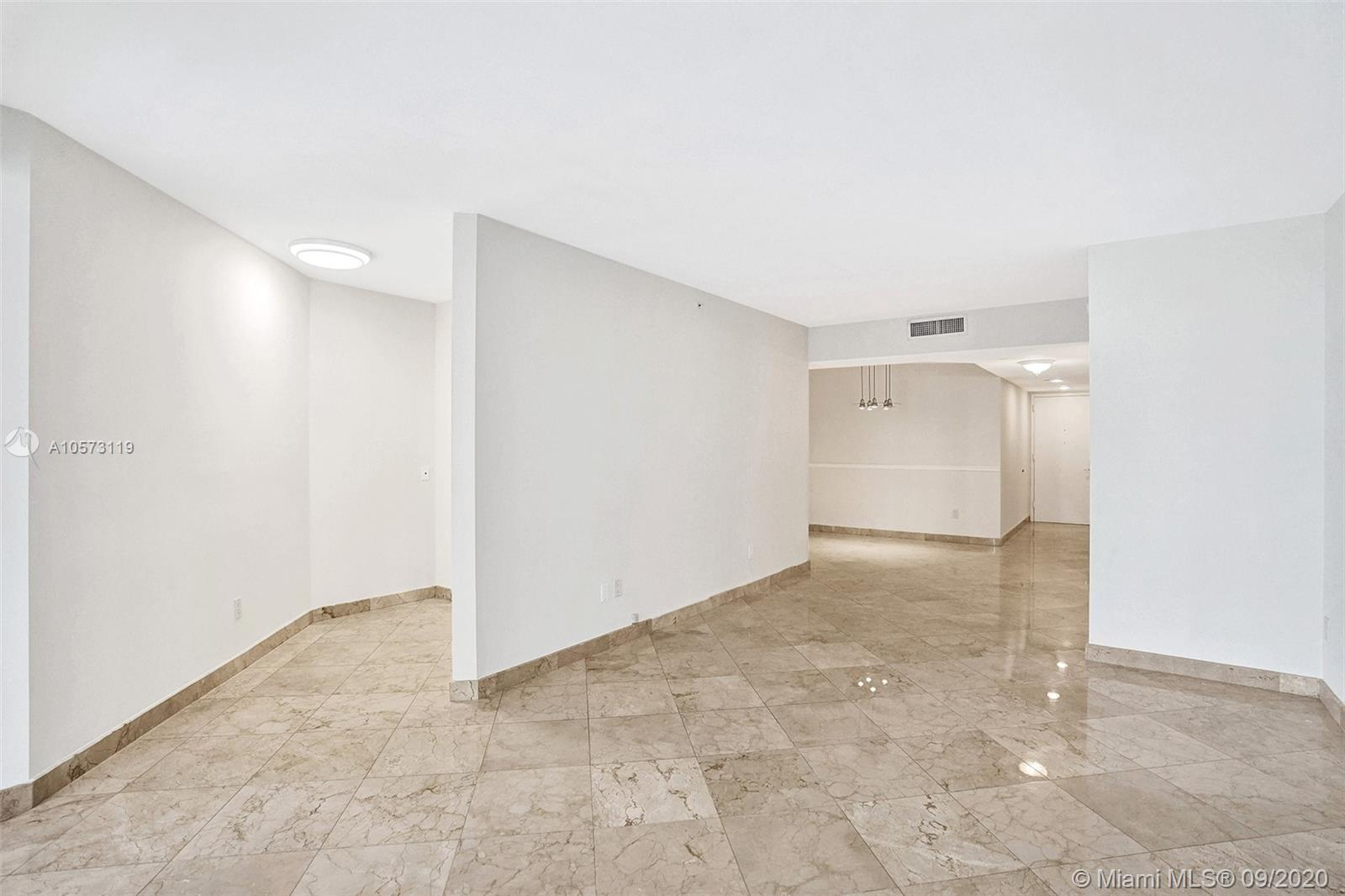 4779 Collins Ave #1208 photo025