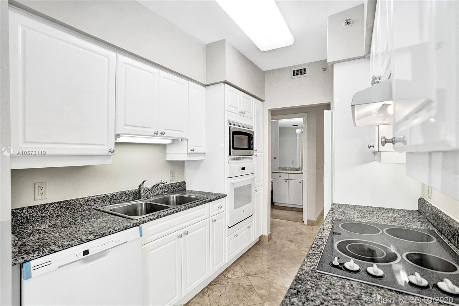 4779 Collins Ave #1208 photo021