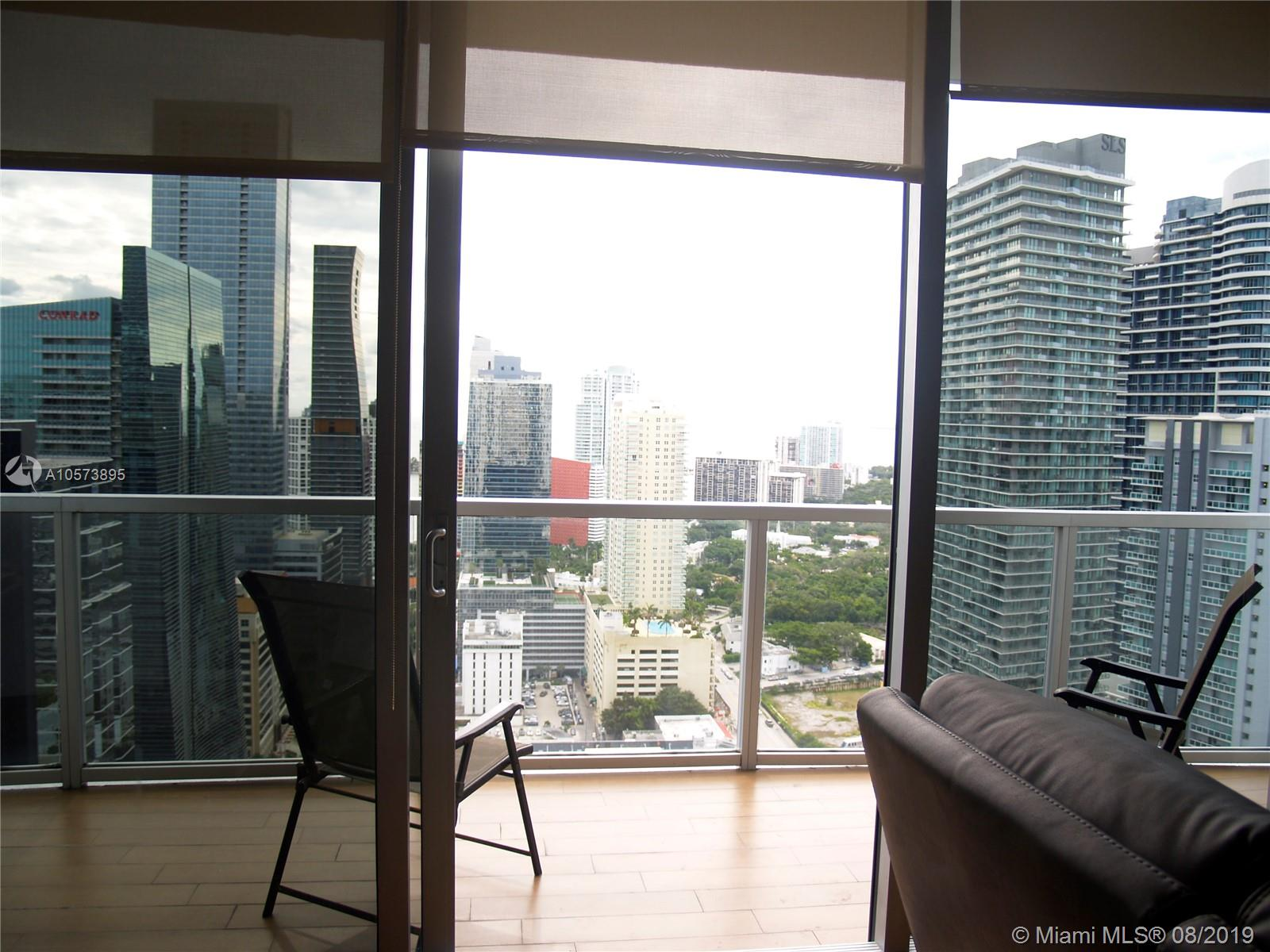 1060 Brickell Ave #3709 photo06