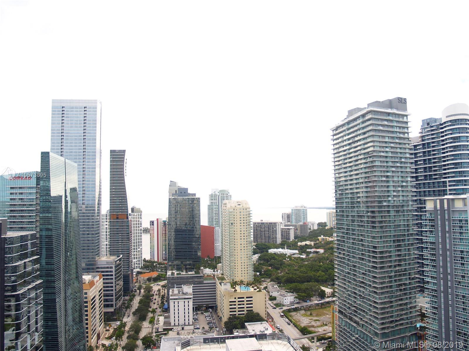 1060 Brickell Ave #3709 photo03