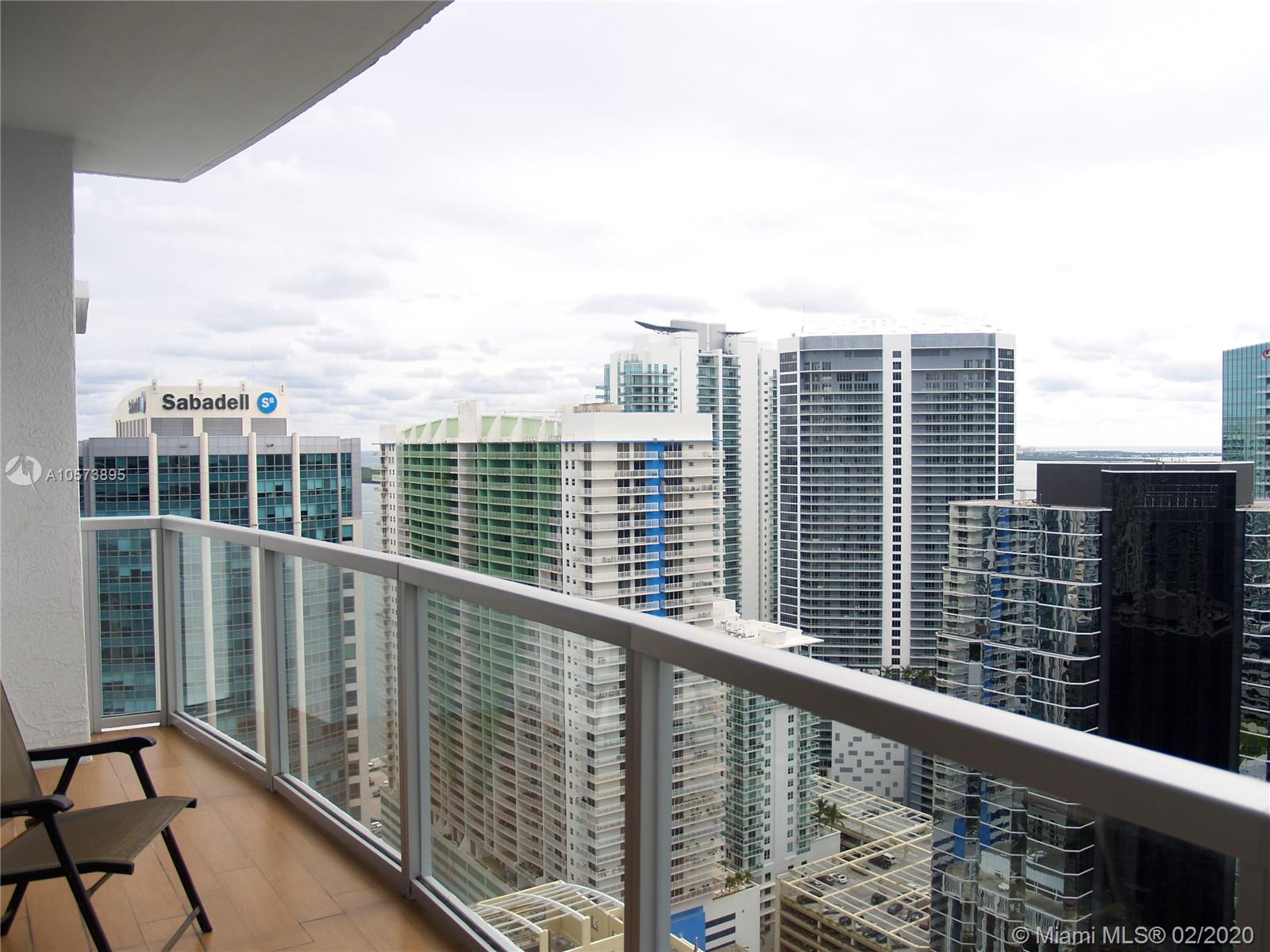 1060 Brickell Ave #3709 photo05