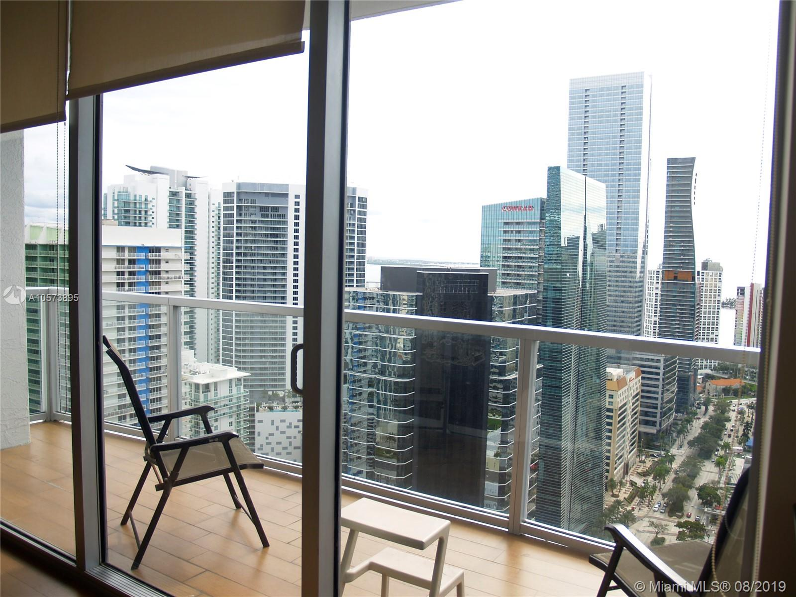 1060 Brickell Ave #3709 photo025