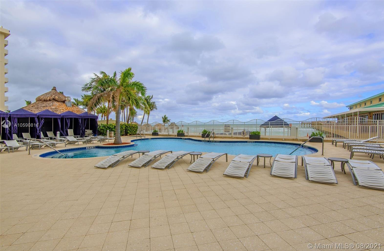 16699 Collins Ave #1507 photo020