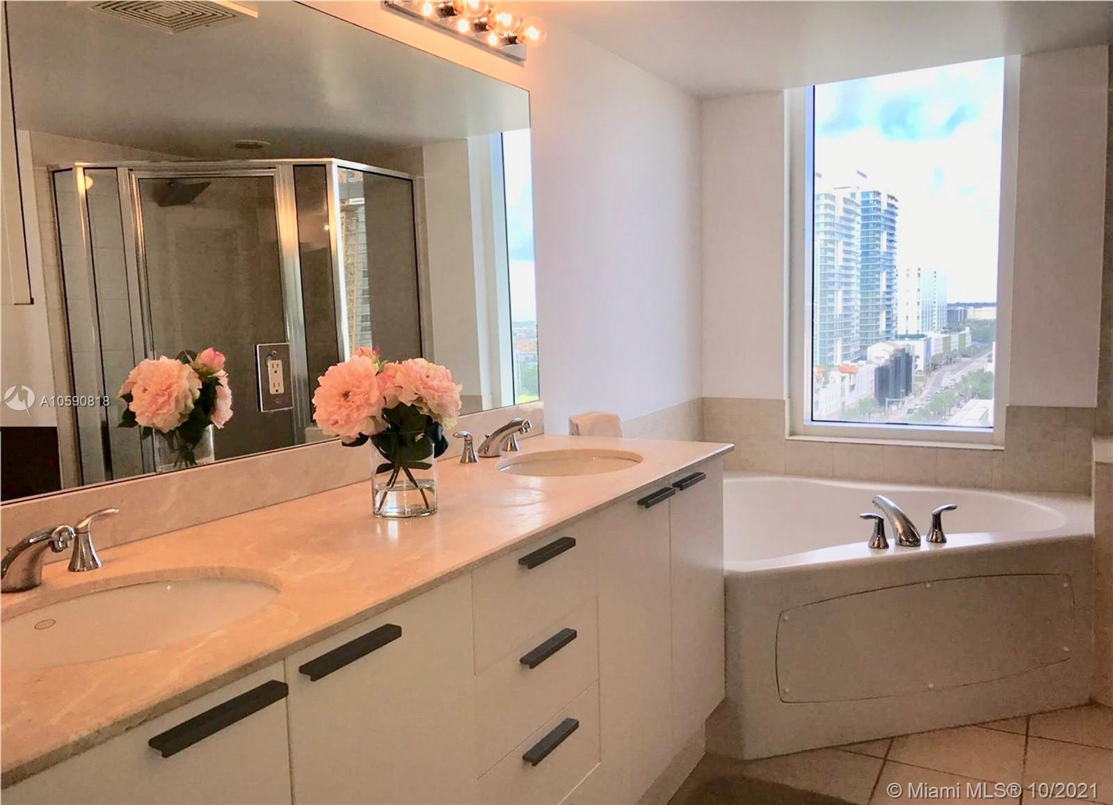 16699 Collins Ave #1507 photo011