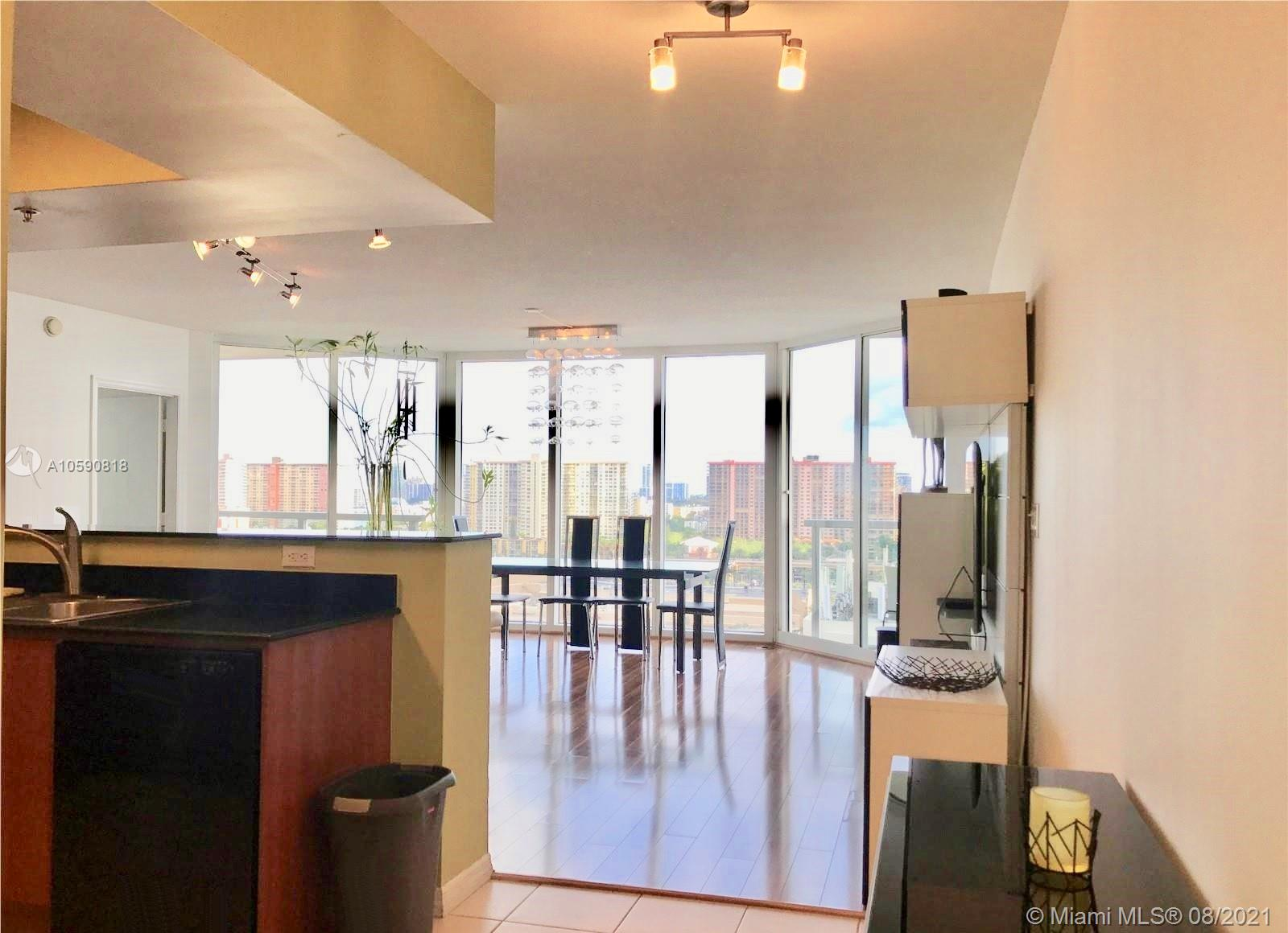16699 Collins Ave #1507 photo08