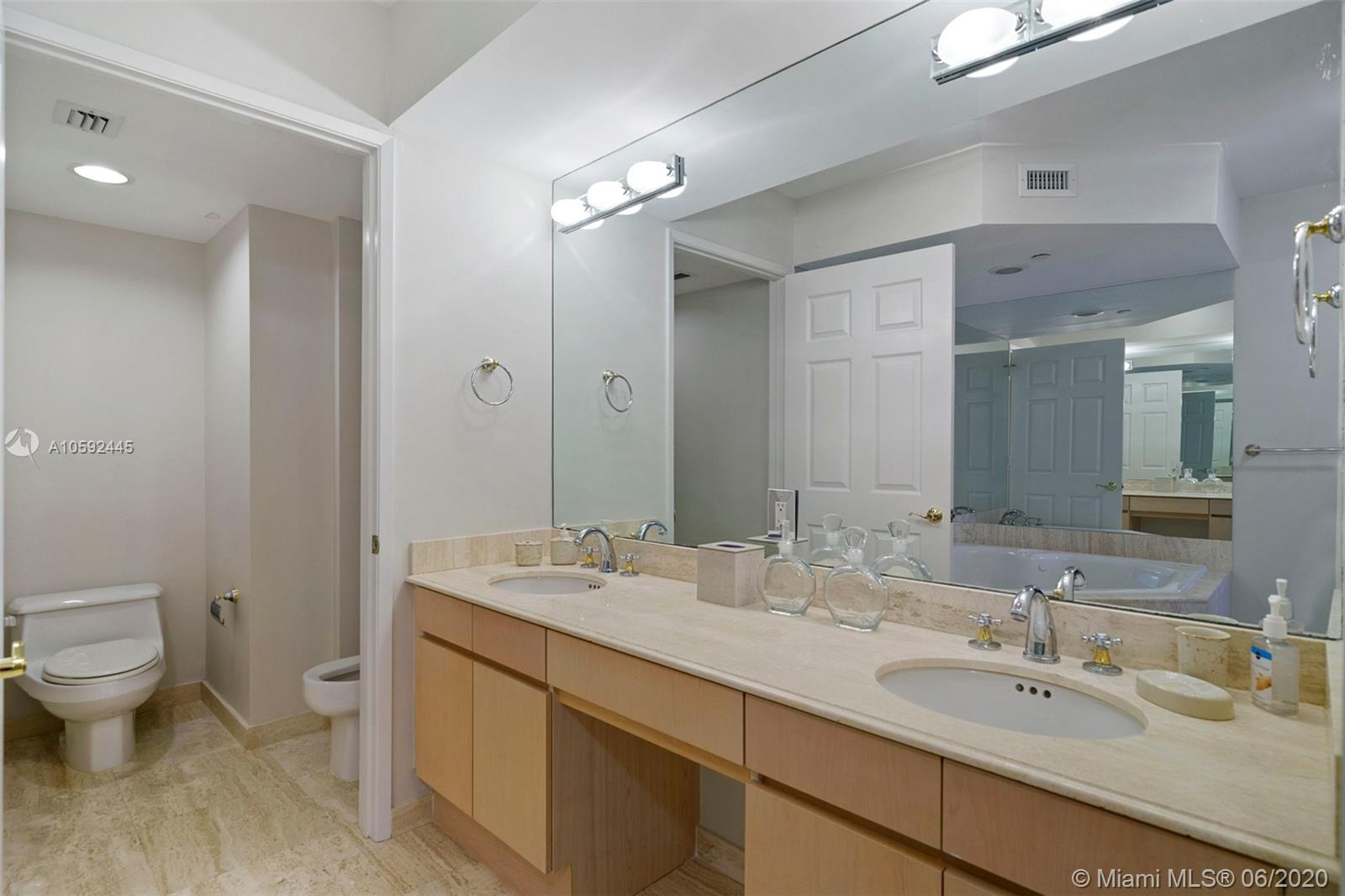 18671 Collins Ave #1701 photo014