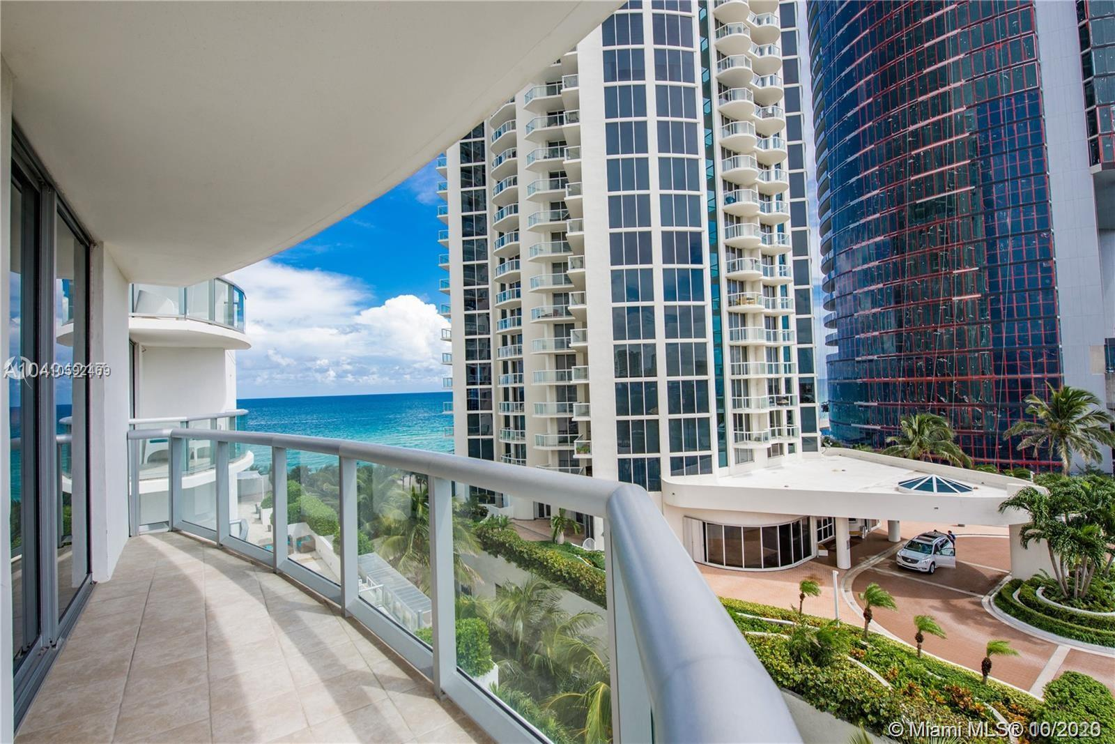 18683 Collins Ave #608 photo016