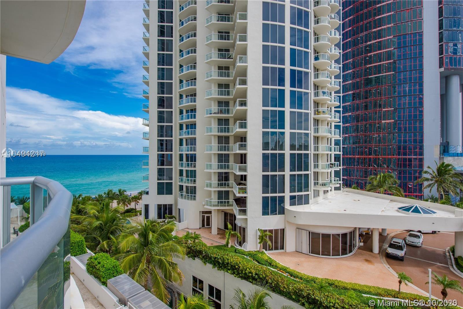 18683 Collins Ave #608 photo01