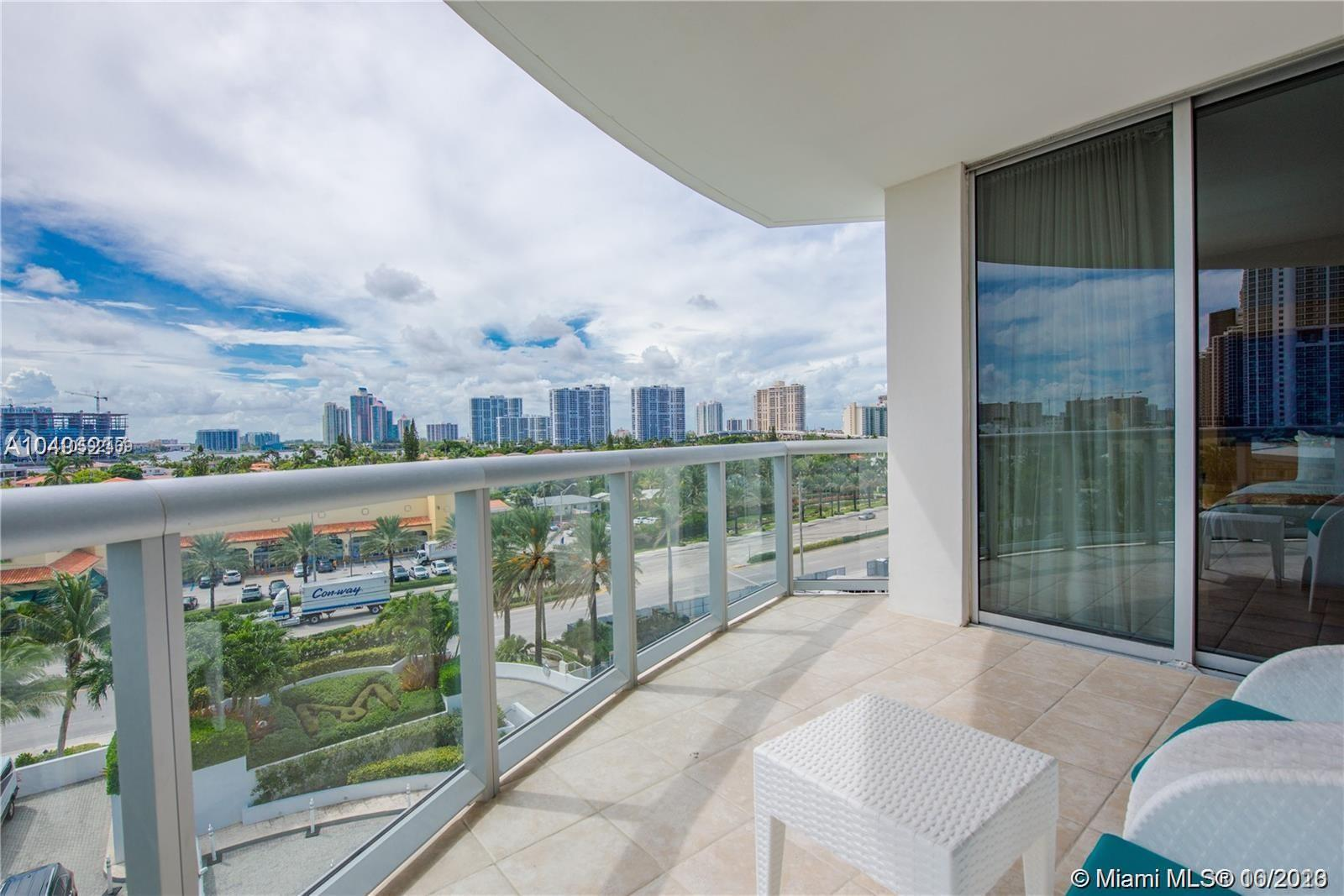 18683 Collins Ave #608 photo014
