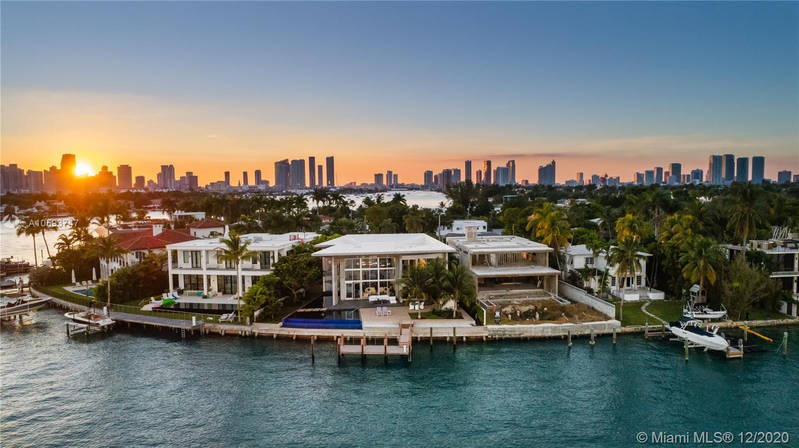 35 E Dilido Dr - Miami Beach, Florida