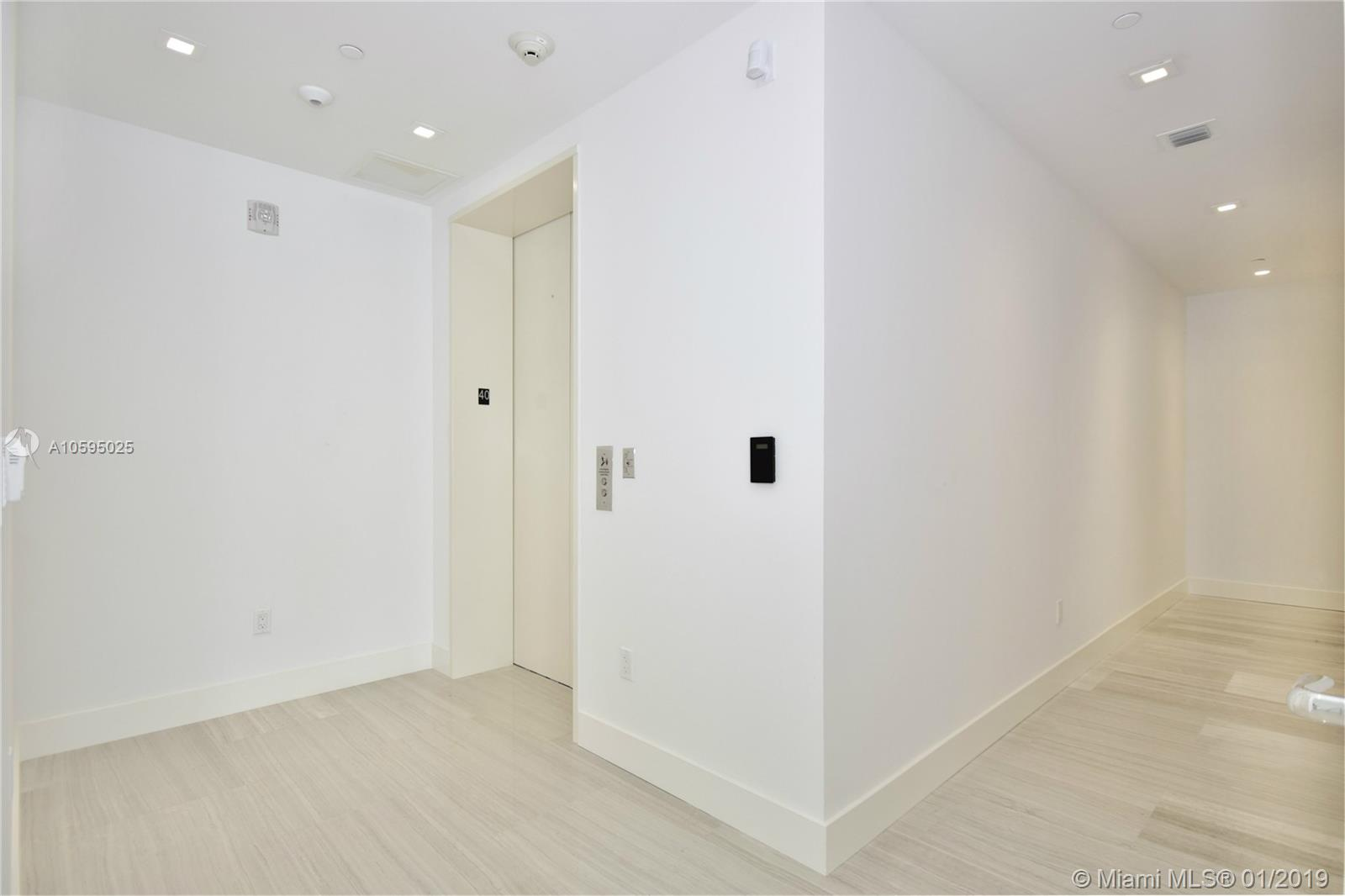 16901 Collins Ave #4003 photo027