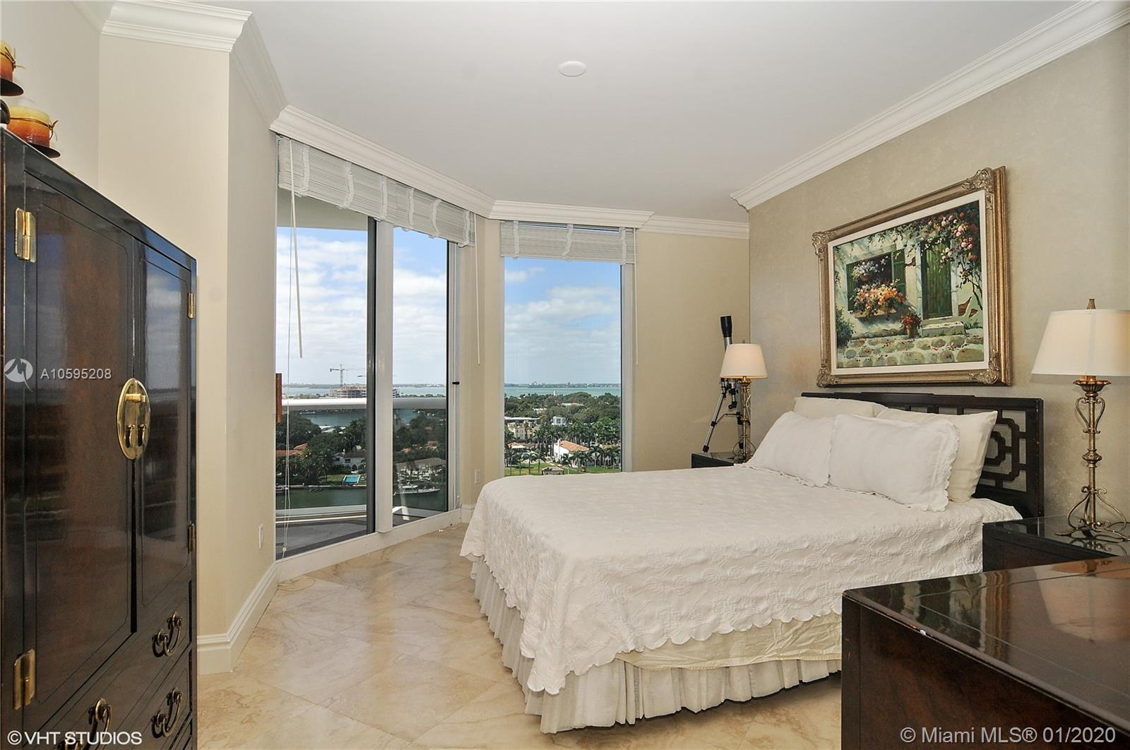 4775 Collins Ave #1506 photo09