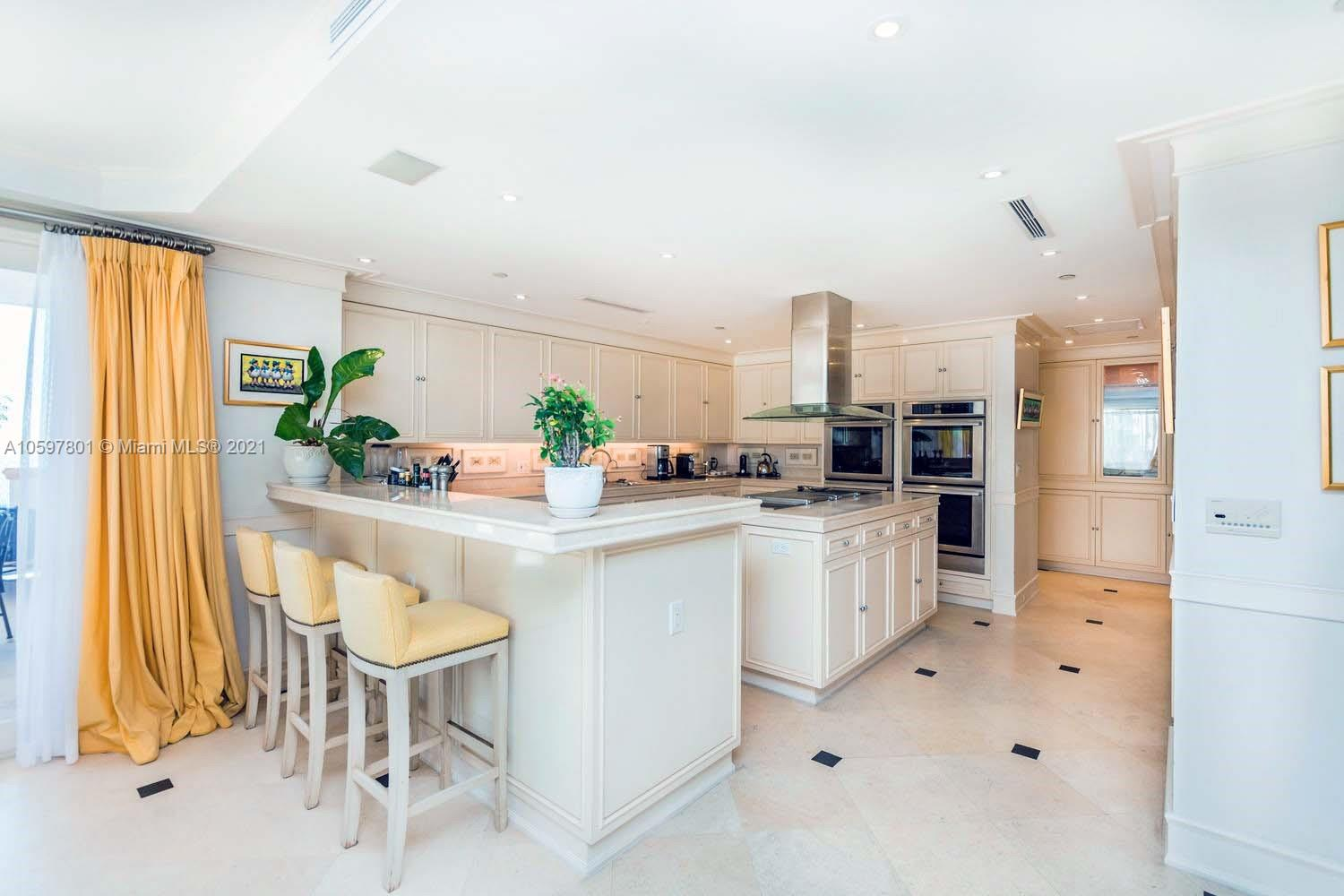 7785 Fisher Island Dr #7785 photo05