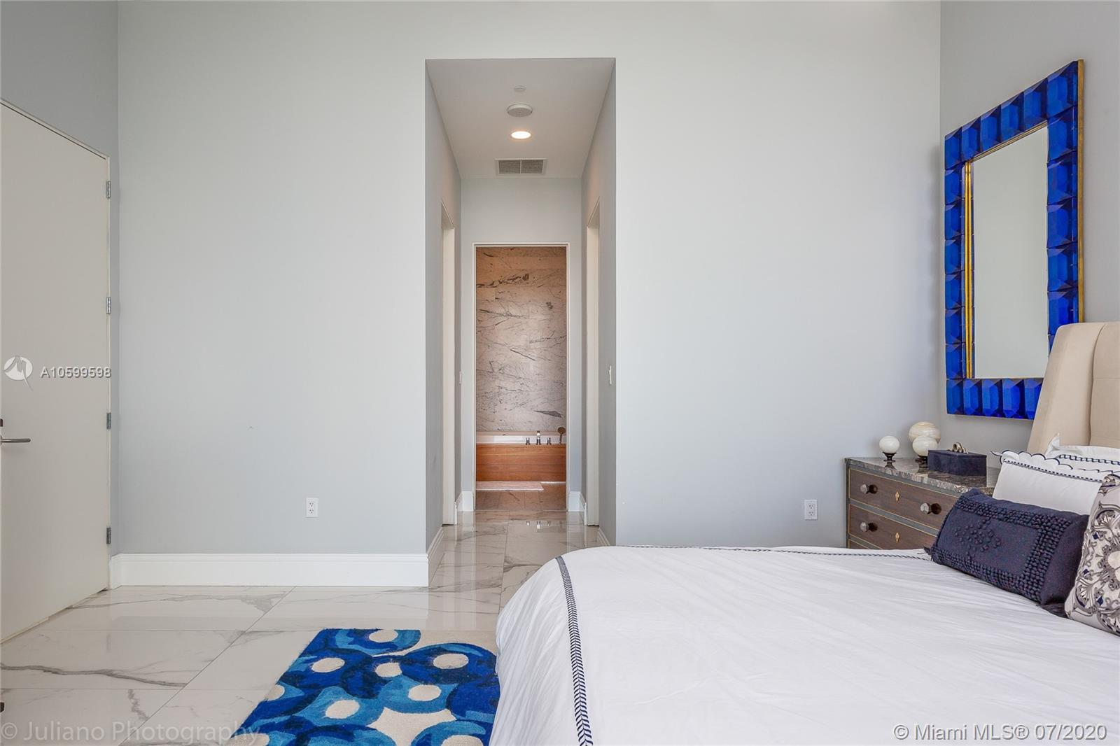 Property 2669 S Bayshore Dr #701N image 8