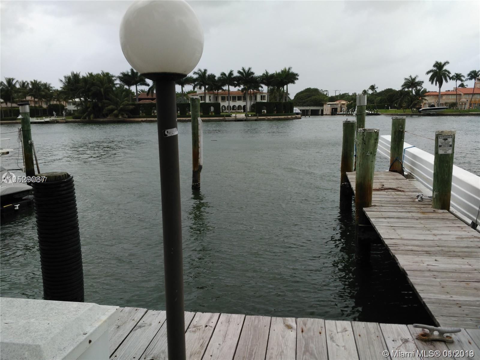 Carriage Club North Tower - 5005 Collins Ave, Miami Beach, FL 33140